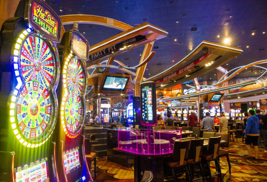 Find out how to Handle Every Casino Challenge With Ease Using The following tips